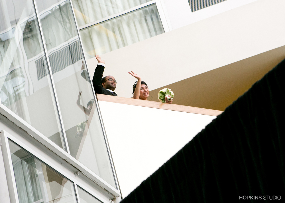 wedding-photography-Double-Tree-by-Hilton-South-Bend-Indiana_02.jpg