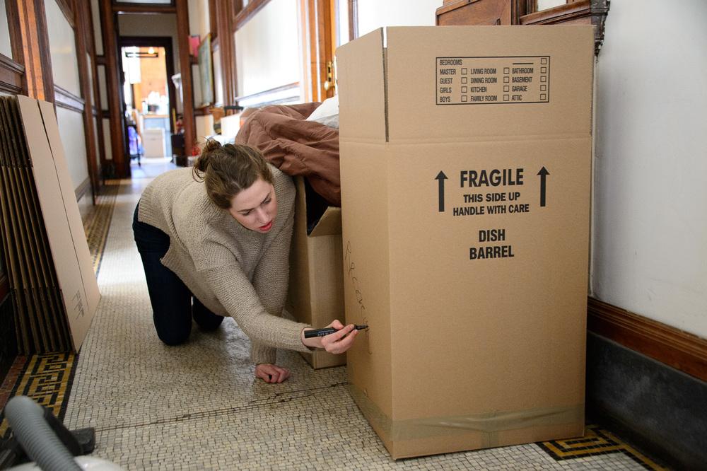 0130_Moving190.jpg