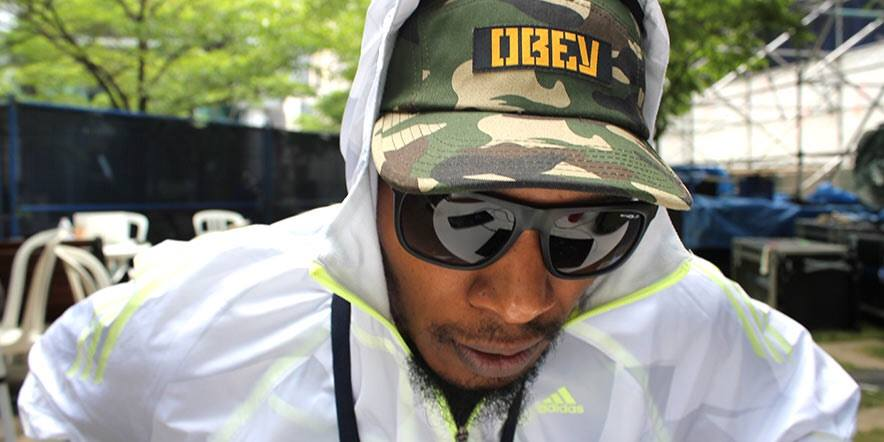 Del the Funky Homosapien On Set   (2016). Wikimedia Commons.