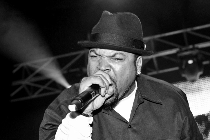 Ice Cube performing live in Metro City Concert Club on October 29, 2010. Image credit:  Wikimedia Commons .