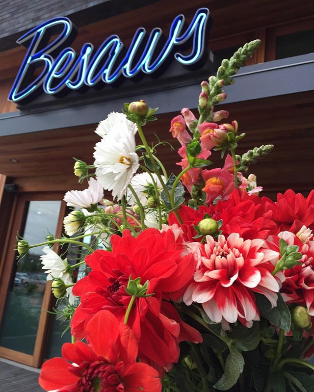 It's always at sunny at Besaws!