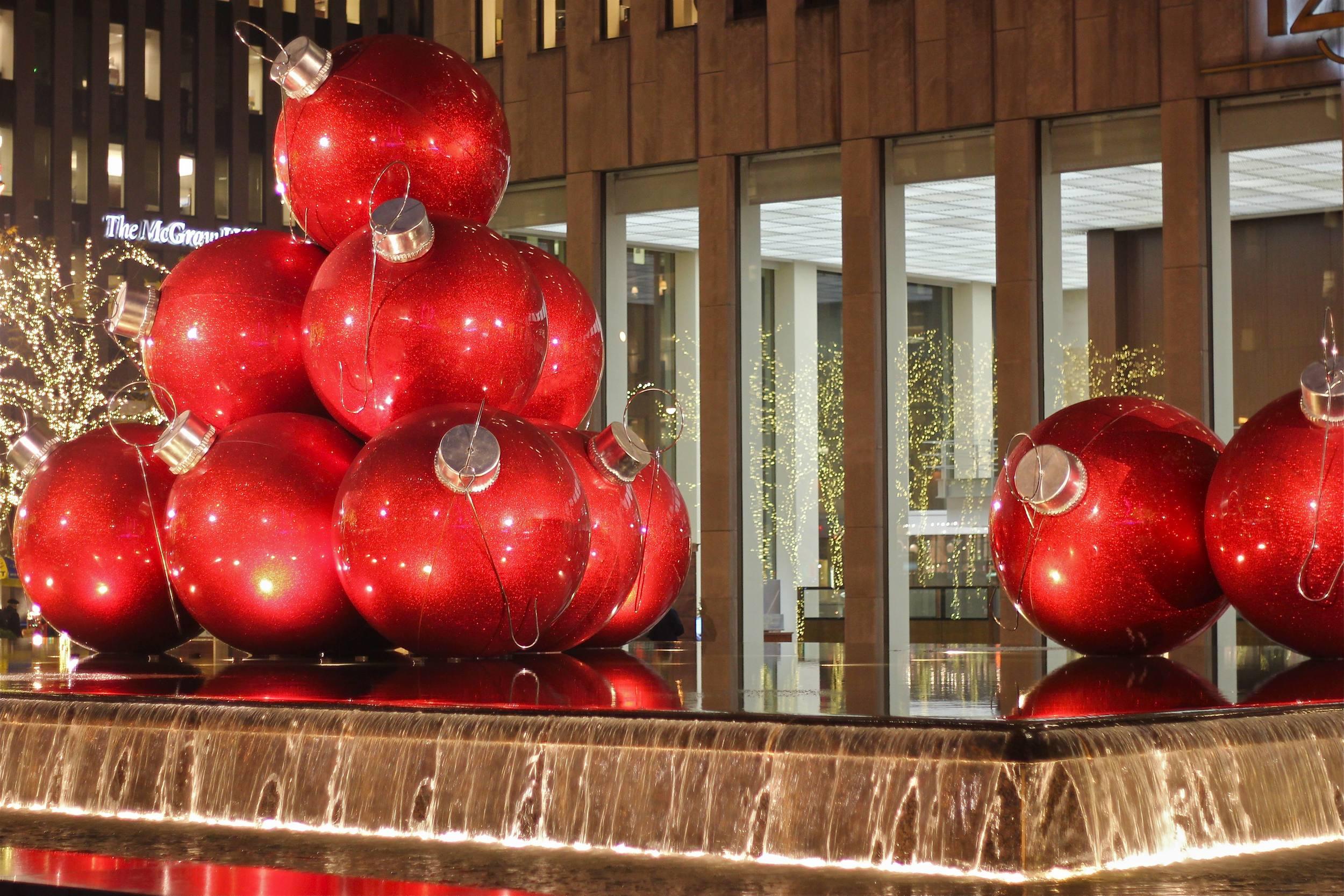 {ornament sculpture}