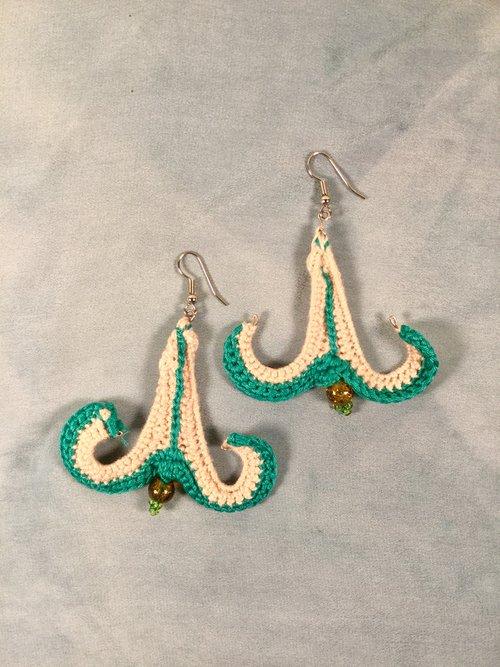 Fun Shaped Crochet Earrings Loom