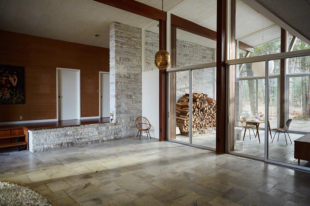 Breuning's amazing hallway