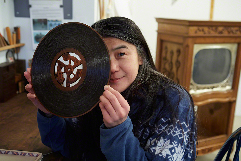 Recording  2012 , a record she created from her own hair