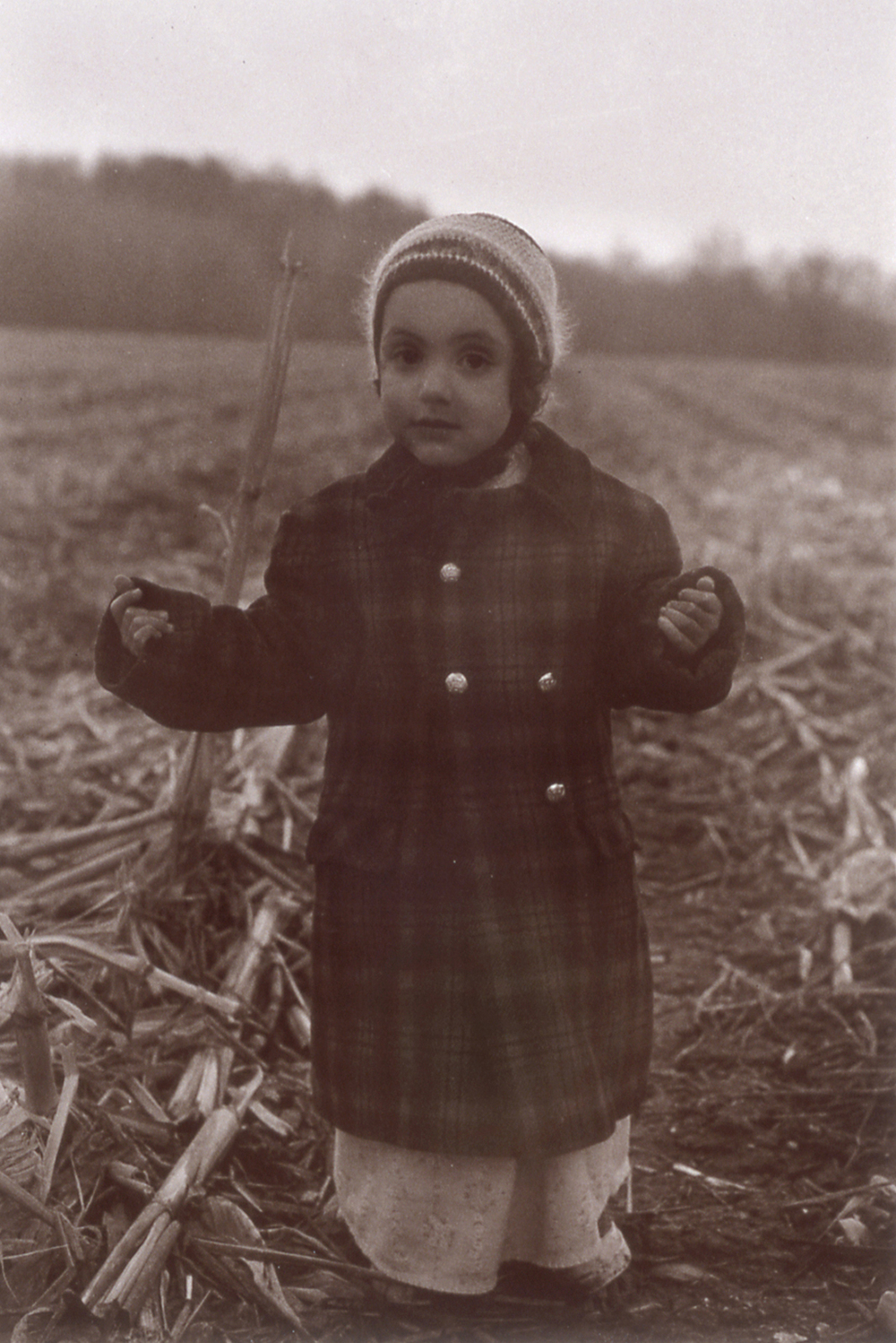 Ruby in the cornfield upstate, 1976                                          Ph: Sheila Metzner