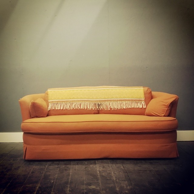 Just added this #vintage orange couch to the Afrobeatnik space.