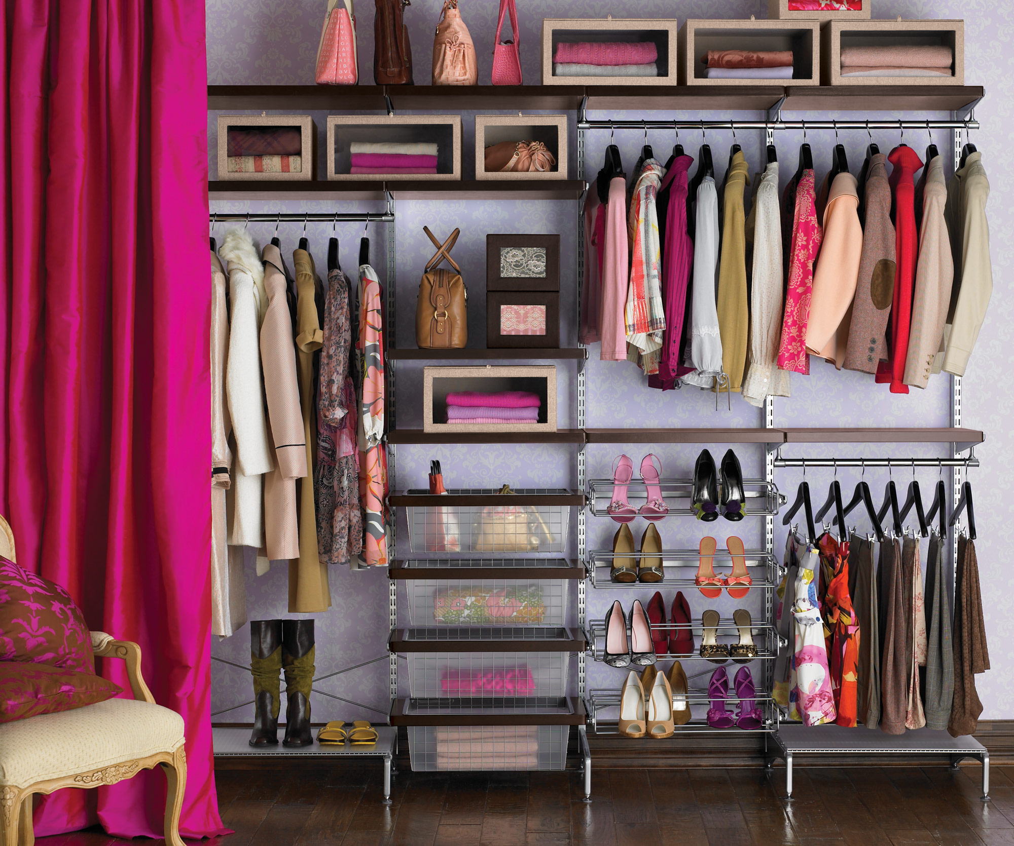 Superb Friday Finds: How To Build The Perfect Wardrobe