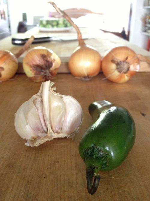 Lots of garlic and a chopped up  holla!-peno.