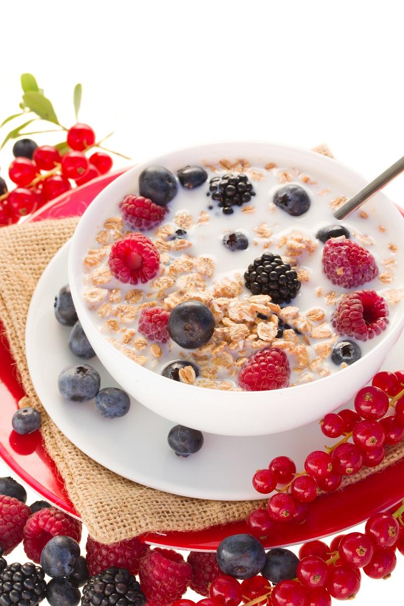 Copa de Cereales Crujientes con Fruta.jpg