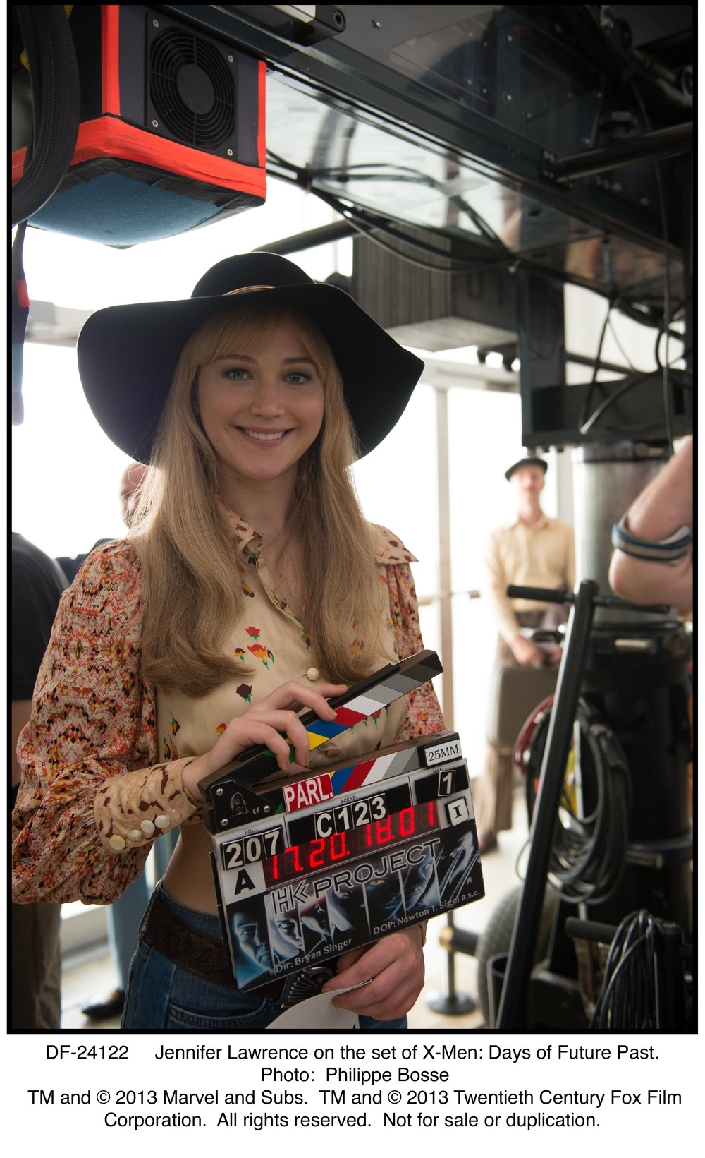 DF-24122   Jennifer Lawrence on the set of X-Men: Days of Future Past.
