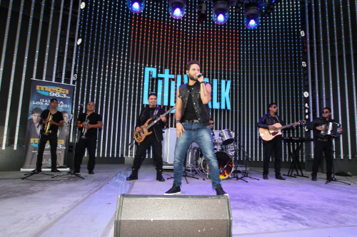 Los Angeles, CA. - Aug. 24, 2014: Descarga 2014 / Universal CityWalk - Telemundo - Mun2 (Photo:DDPixels).