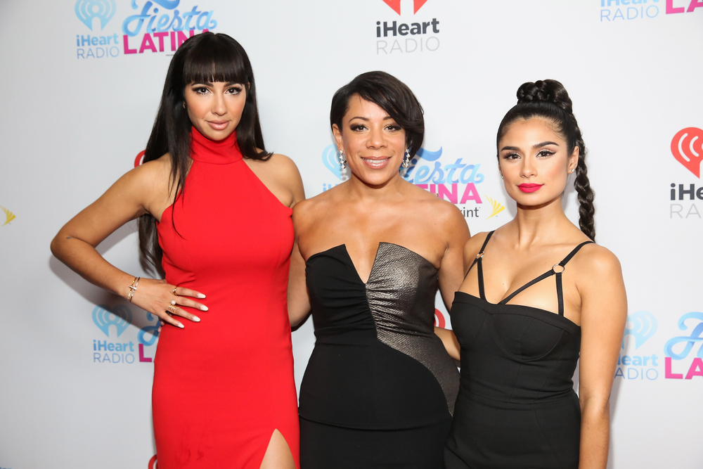 MIAMI, FL - NOVEMBER 07:  (L-R) Jackie Cruz, Diane Guerrero and Selenis Leyva attend iHeartRadio Fiesta Latina presented by Sprint at American Airlines Arena on November 7, 2015 in Miami, Florida.  (Photo by Aaron Davidson/Getty Images for iHeartMedia) *** Local Caption *** Jackie Cruz;Diane Guerrero;Selenis Leyva