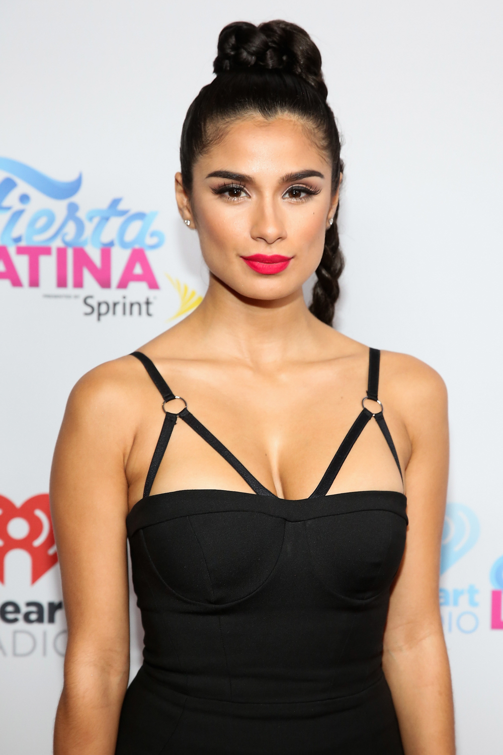 MIAMI, FL - NOVEMBER 07:  Actress Diane Guerrero attends iHeartRadio Fiesta Latina presented by Sprint at American Airlines Arena on November 7, 2015 in Miami, Florida.  (Photo by Aaron Davidson/Getty Images for iHeartMedia) *** Local Caption *** Diane Guerrero