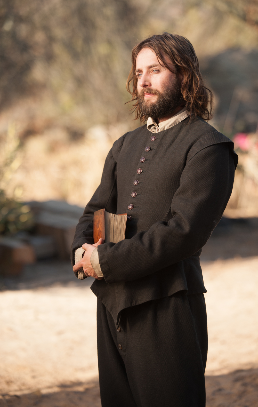 """Vincent Kartheiser as William Bradford in National Geographic Channel's two-night movie event """"Saints & Strangers,"""" premiering Nov. 22-23, 9/8c.(photo credit:  National Geographic Channels/David Bloomer)"""