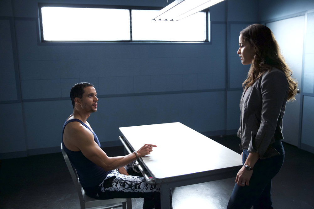 "ROSEWOOD: L-R: Guest star Matt Cede�o and Jaina Lee Ortiz in the ""Fashionistas and Fasciitis"" episode of ROSEWOOD airing Wednesday, Nov. 25 (8:00-9:00 PM ET/PT) on FOX. �2015 Fox Broadcasting Co. Cr: Tyler Golden/FOX."