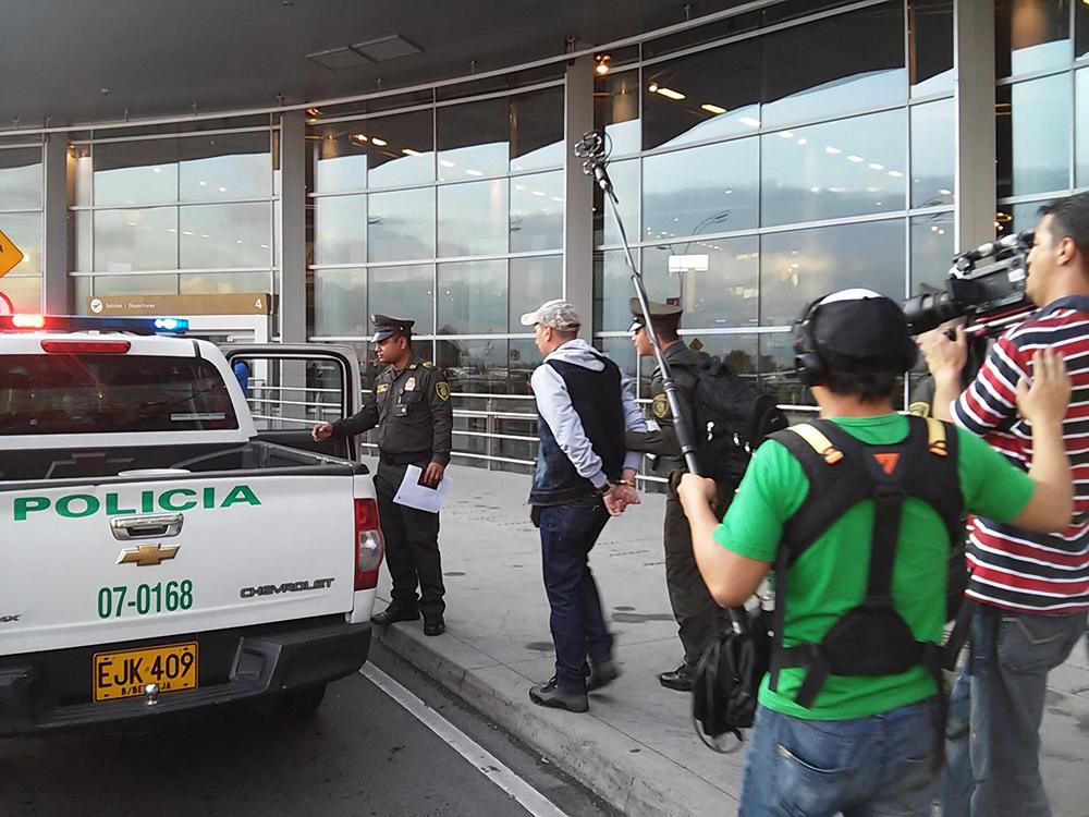 Un pasajero es detenido portando droga.jpg