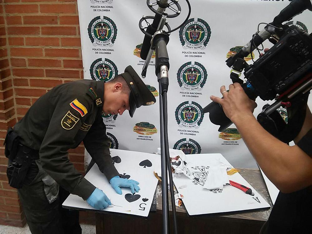 La Policía encuentra un envío de Correo contaminado por droga.jpg