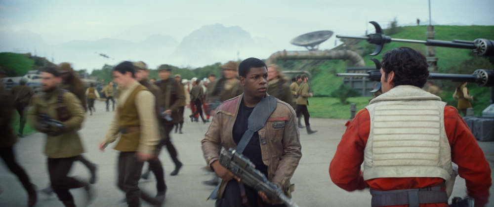 Star Wars: The Force Awakens..L to R: Finn (John Boyega) and Poe Dameron (Oscar Isaac)..Ph: Film Frame..© 2014 Lucasfilm Ltd. & TM. All Right Reserved..