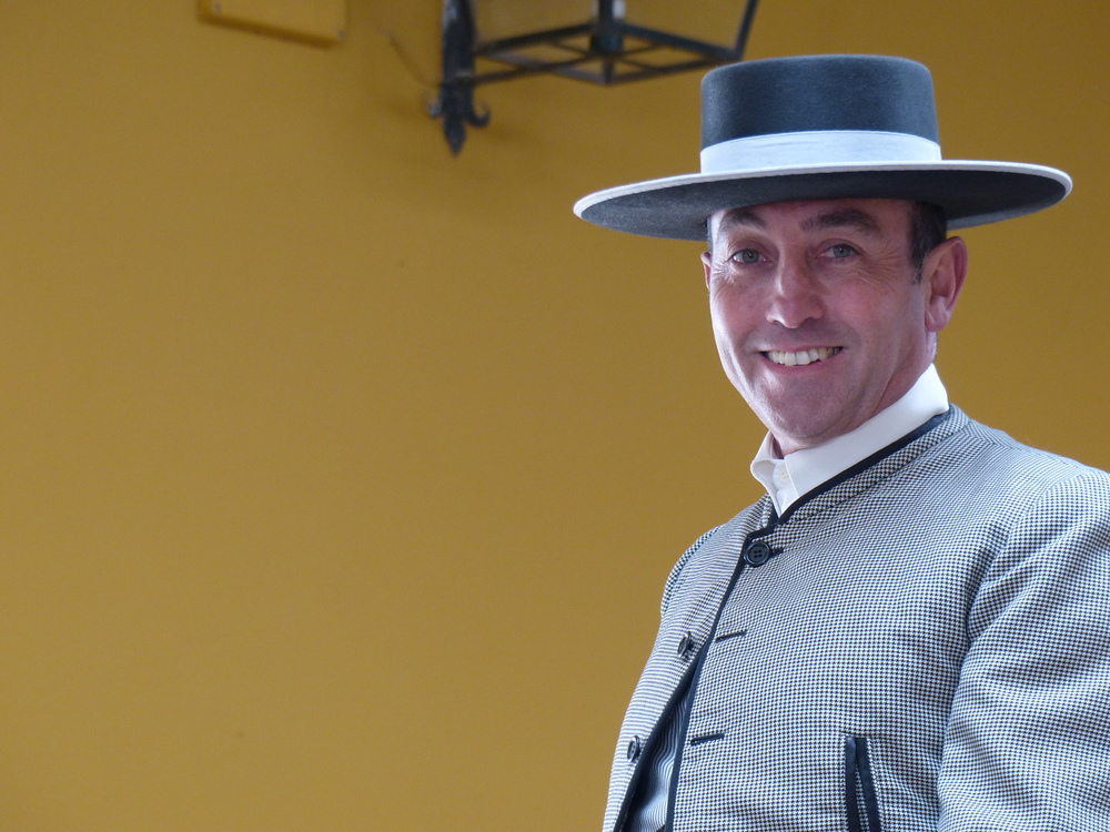 Equestre_homme_chapeau.JPG