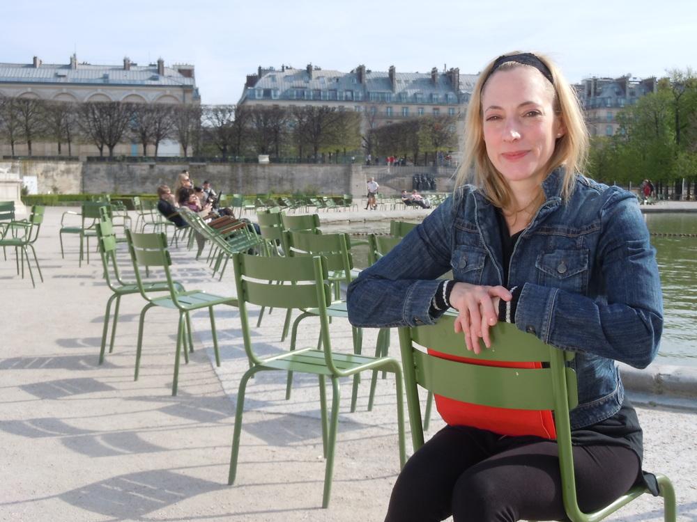 Julie_tuileries_Surdou+¬s.JPG