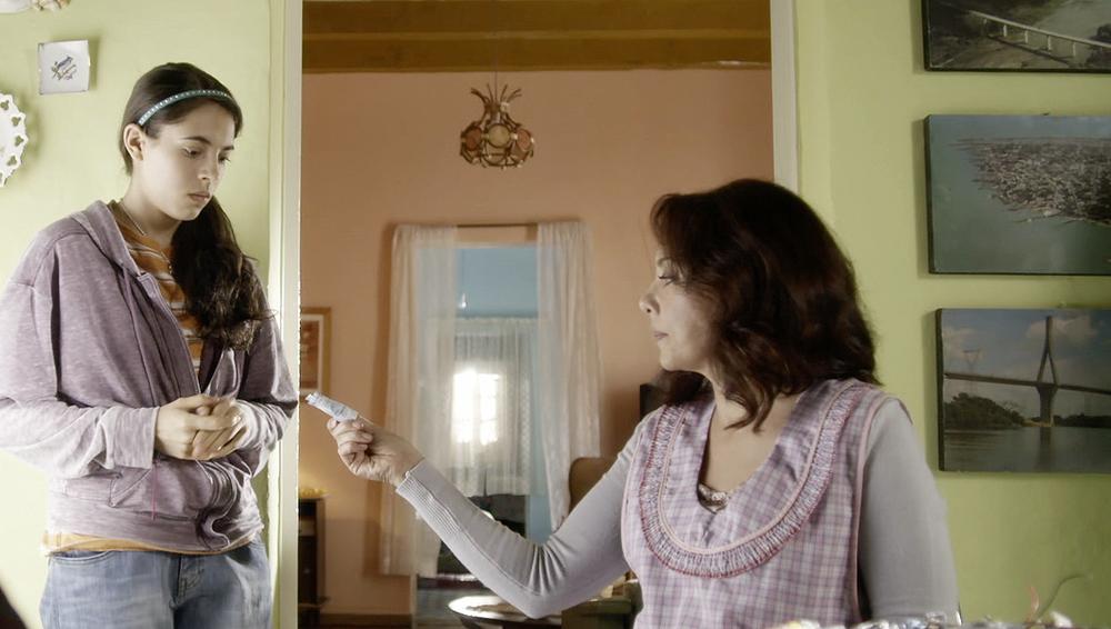 LQDC_Arantza Ruiz como Cristina Acosta y Carmen Madrid como Mariela Acosta_002.png