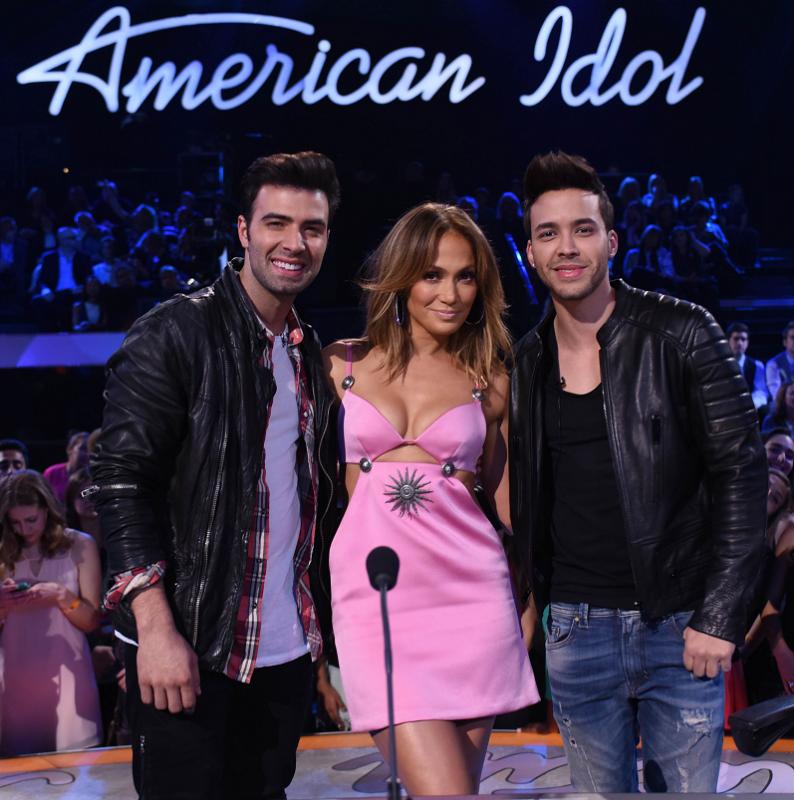 Jencarlos Canela, Jennifer Lopez y Prince Royce.