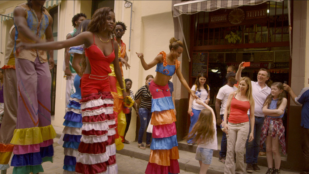 CUBA- Bailarines con Ava.