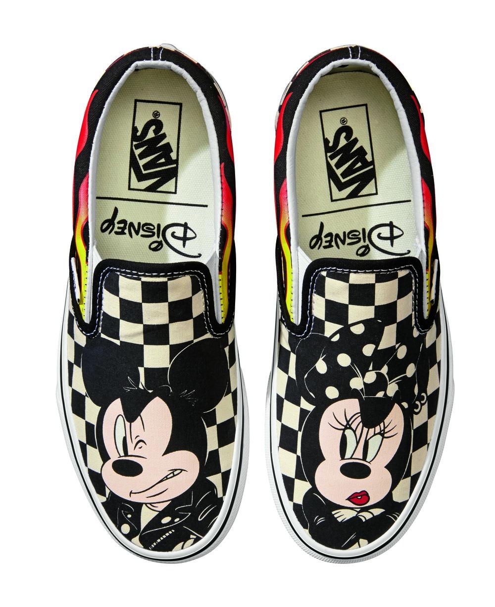 UCL_ Classic Slip-On_Disney_ Mickey - Minnie-checker flame_VN0A38F7UJ4-top.jpg