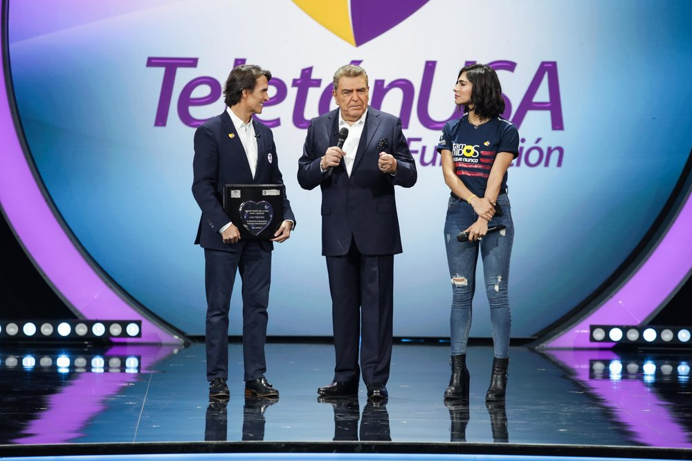 Don Francisco en Teleton 2019 2.jpg