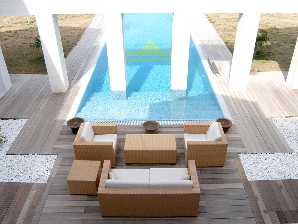 RUBI-Landscape-Design-Modern-Pool-Design.jpg