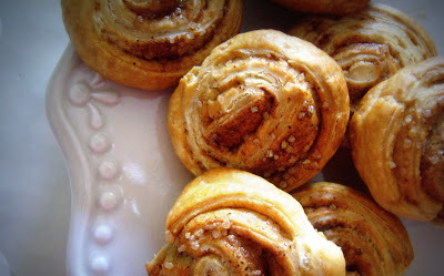 mini cinnamon rolls.jpg