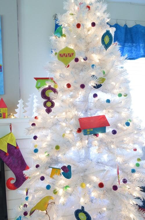 2013-Candied-Fabrics-Retro-Christmas-Room-1.jpg
