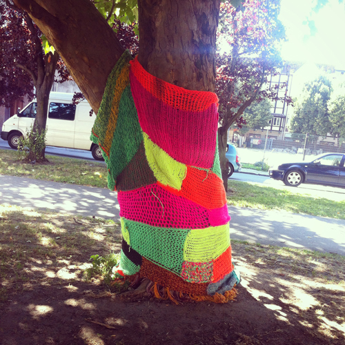 knitted.tree.gdansk.poland.stephanie.levy