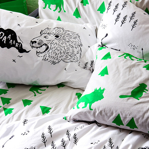 pillow_lion_mix_large.jpg