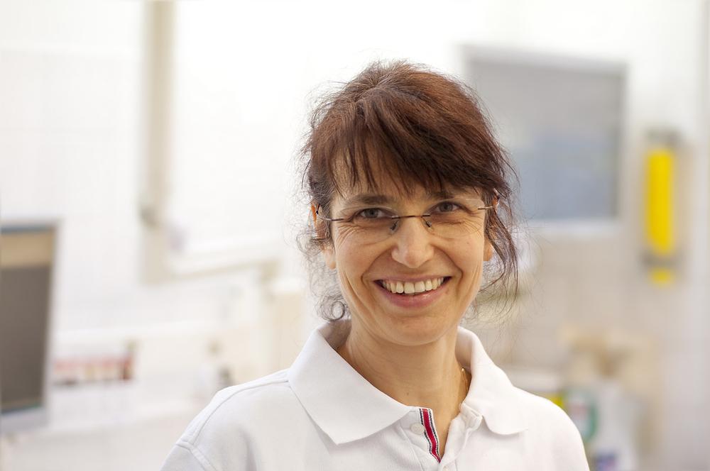 Dr. Claudia Ziehn  Zahnärztin
