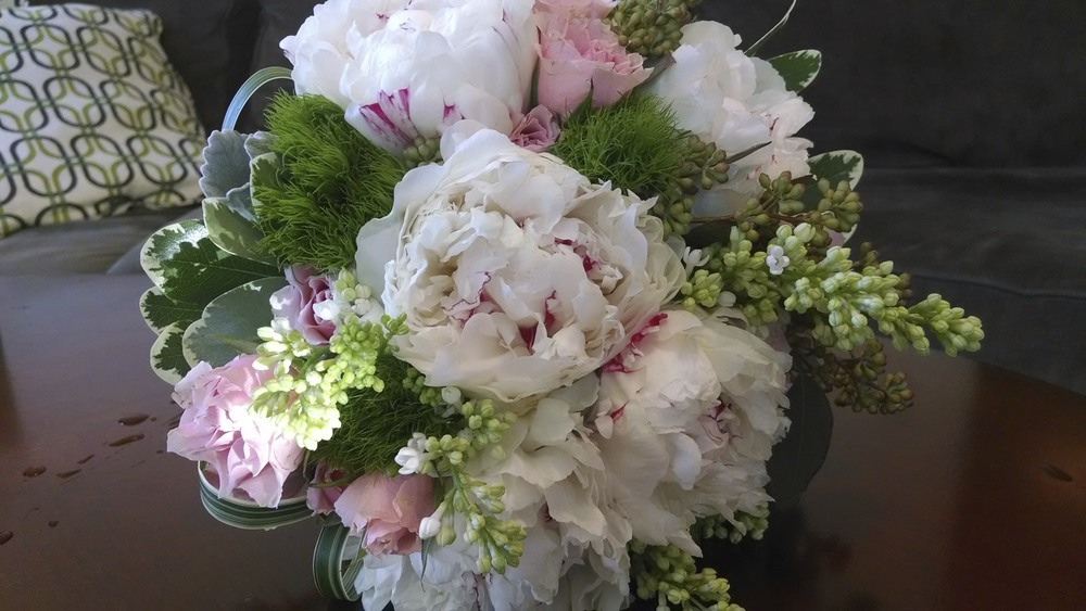Peonies, Dianthus, Lilac, spray Roses