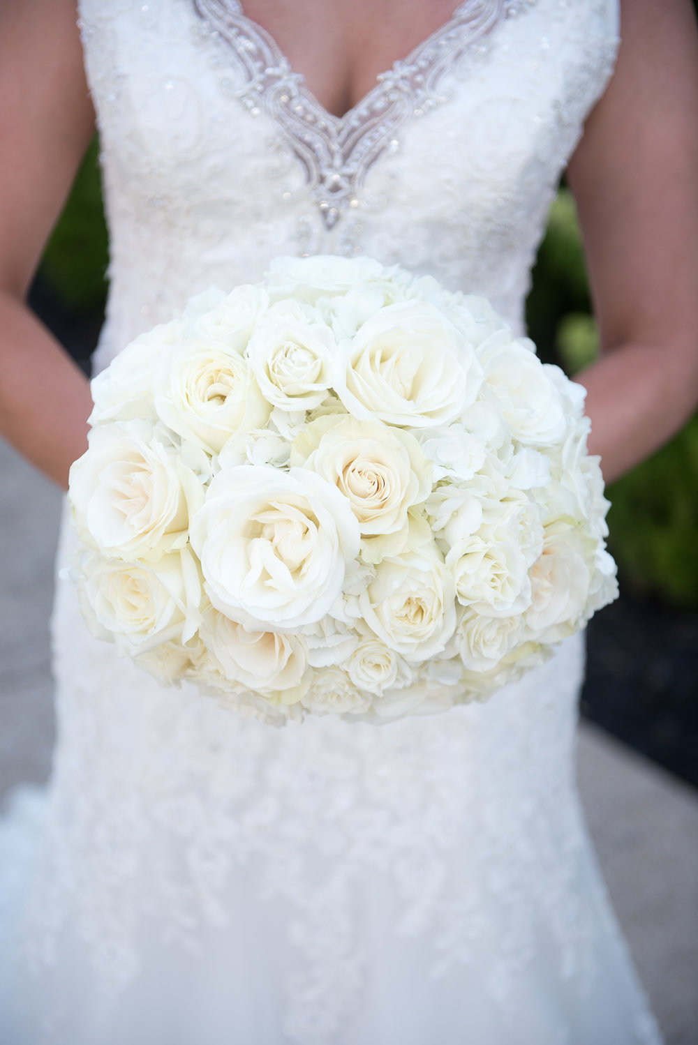 Classic White Roses and Hydrangea.  Photo by David Payne.  Stratton Hall, Chattanooga TN