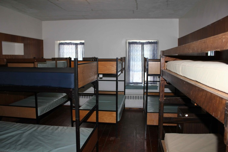 Main Lodge - Dorm Room