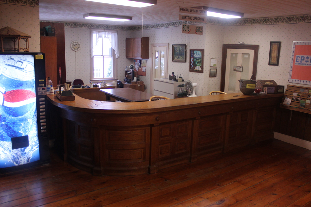 Main Lodge - Front Desk