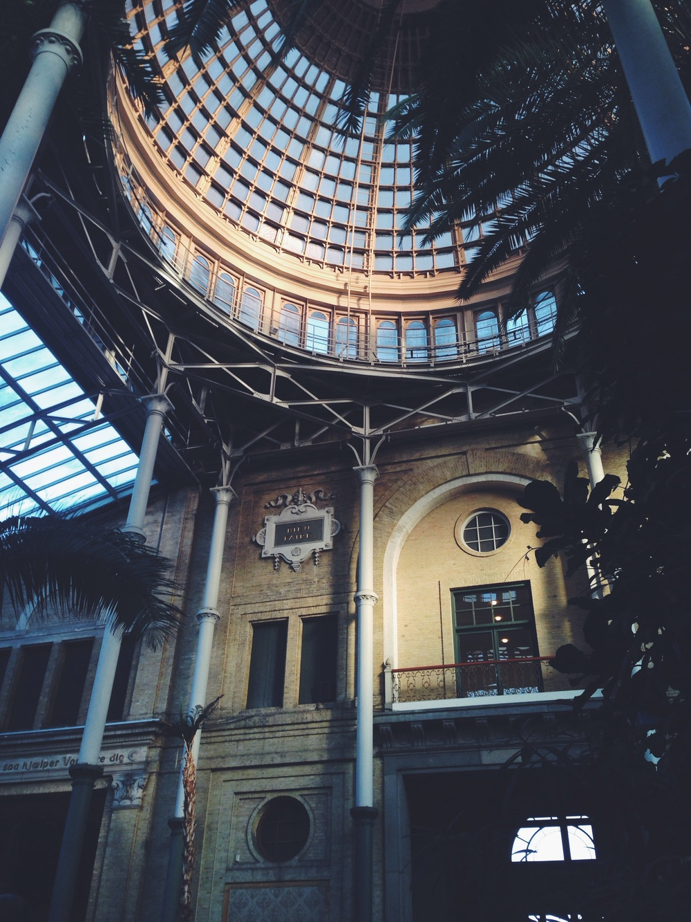 The Glyptotek's courtyard