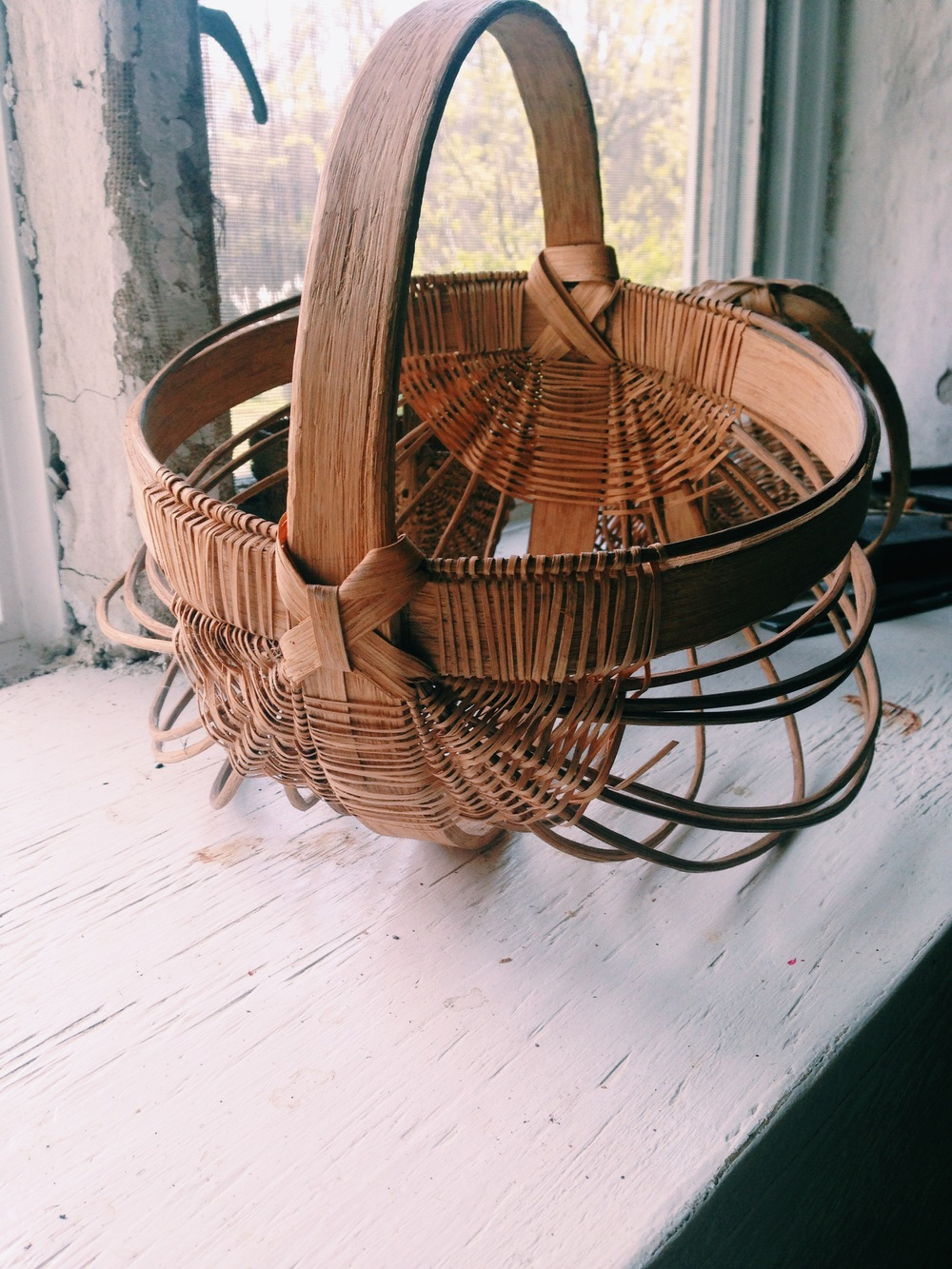 A white oak basket Trae made years ago, unfinished.