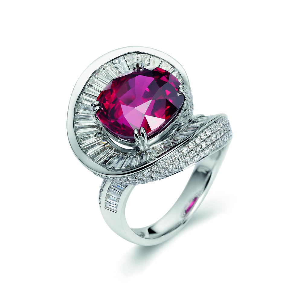 A platinum swirling ring by Fei Lui 2016 with a 10.01 carat cushion-shaped ruby from Mozambique_© Fei Lui_from RUBY_published 2017.jpg