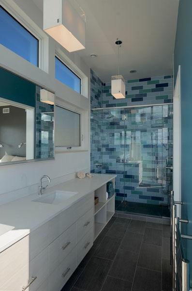 Master Bath 2 resized.jpg