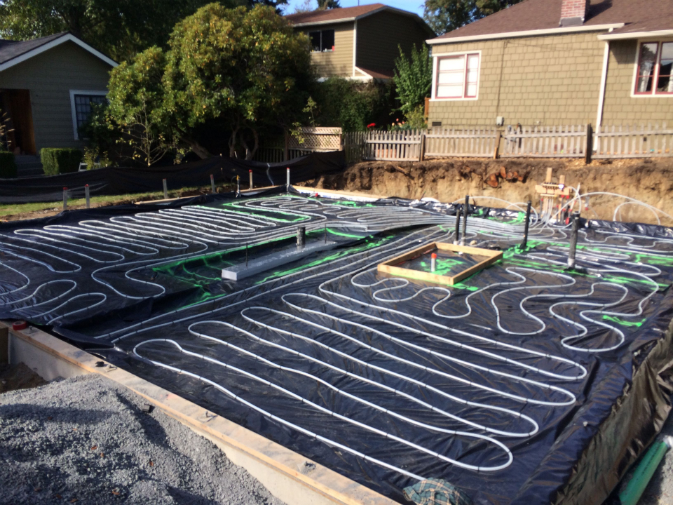 23813382_3. Radiant Heat in Slab.jpg