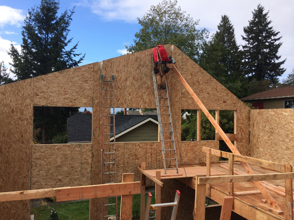 23813384_7. Setting SIP gable end wall .jpg