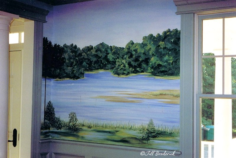 HAND PAINTED MURAL IN A DINING ROOM