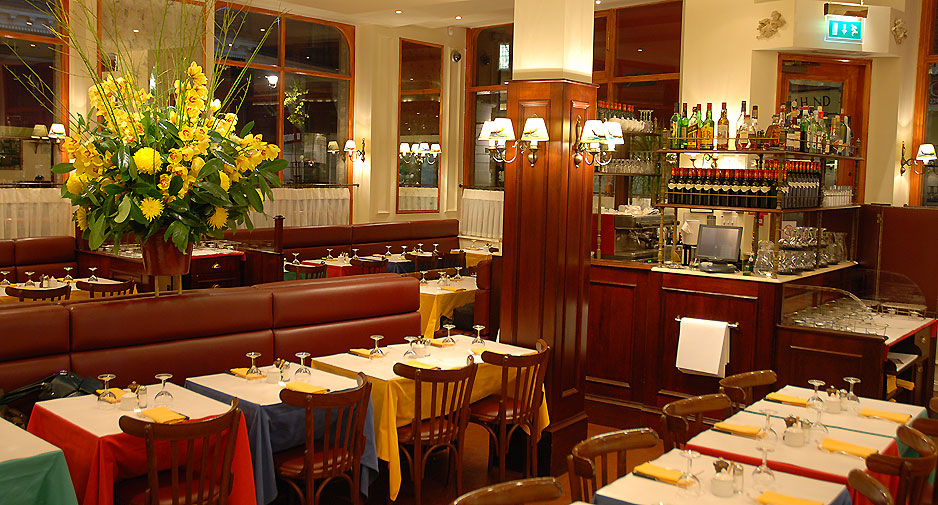 "L'Entrecote  -  SCORE: 59.5/100 ""A restaurant of supposed repute, L'Entrecote fails to live up to the billing - the decor has a certain charm and the price is affordable but this doesn't compensate for poor service and average food."" Click to read the review..."