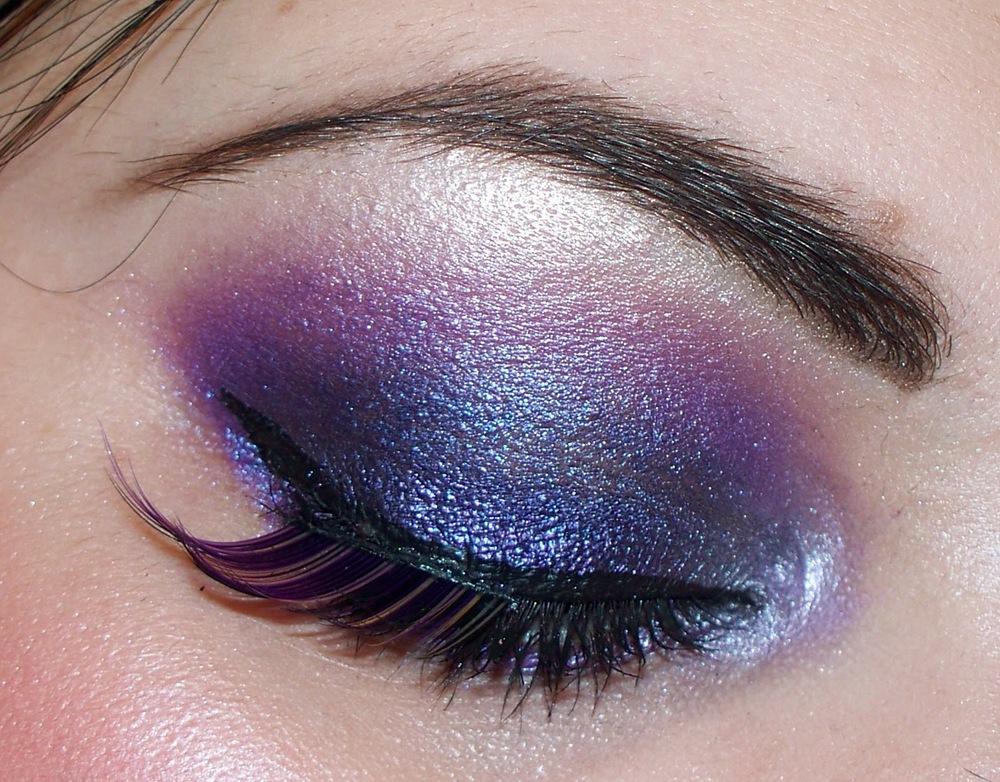 smoky-purple-eye-makeup.jpg
