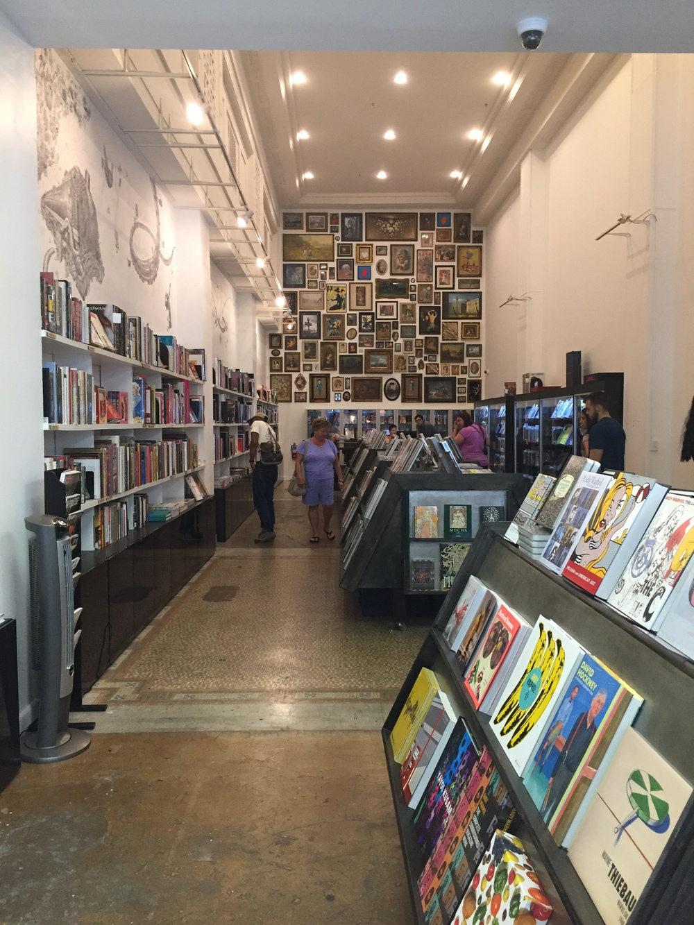 A visit to The Last Bookstore Arts & Rare Books Annex.